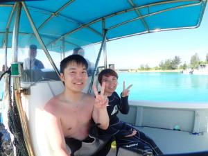 青の洞窟ボート